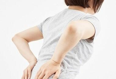 椎間板ヘルニアは治るの?痛みの原因と治療法‼