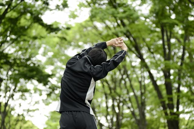 スポーツを始めたら腰が痛くなってきた!腰の痛みでお悩みの方へ