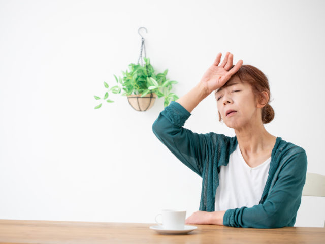 自律神経からくる梅雨の時期の不調 施術と習慣の改善が必要です!