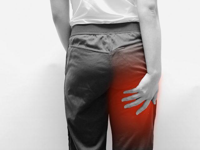 坐骨神経痛で足がしびれる!坐骨神経痛の原因と治療のお話
