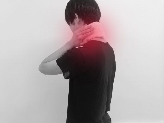 むち打ちの後遺症で頭痛がつらい!交通事故の後遺症でお悩みの方へ